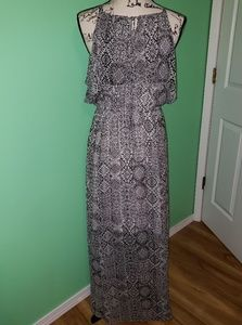 torrid Dresses - Nwt Torrid Maxi Sundress size 00(Medium-Large) 10